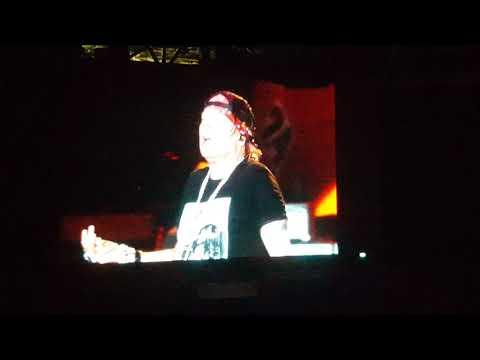Estranged - Guns N' Roses Live in Manila 11/11/18