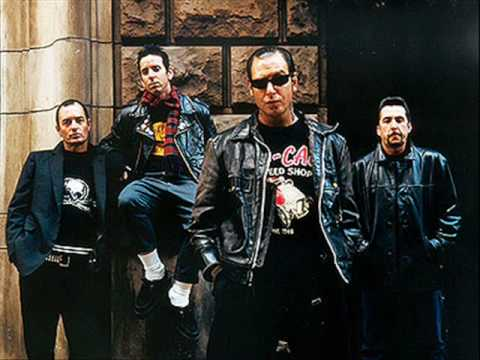 Social Distortion - Far Behind