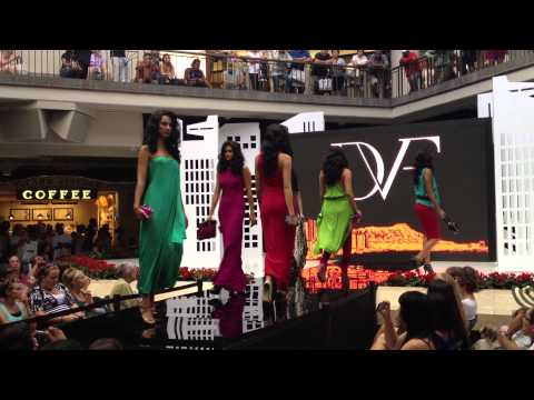 DVF Fall Fashion Show at Ala Moana Center