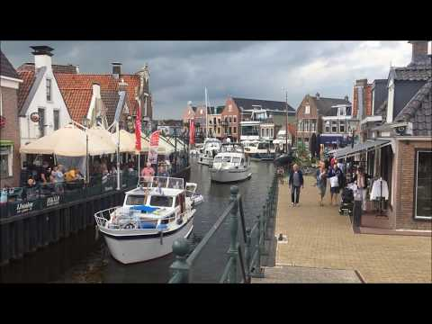 Lemmer, Ijsselmeer, Niederlande / Netherlands - 07/ 2017 - Lemmer: Downtown, Beach & Pumping Station
