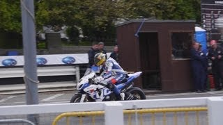 Guy Martin and James Hillier pistop Isle of Man TT Dianese Superbike race