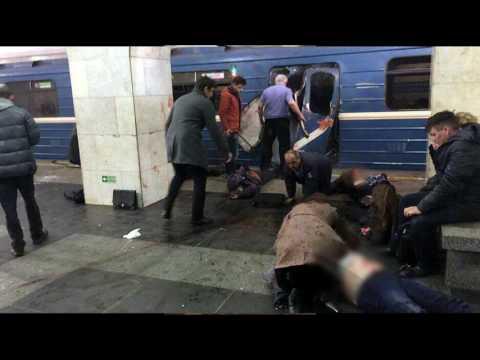 Взрыв в питерском метро (фото + видео)