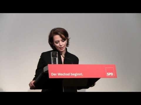 """Tülay Schmid in der Liederhalle, Stuttgart bei """"SPD ve biz"""" am 18. Februar 2011"""