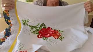 Flores de Chita Aplicada na Toalha de Prato