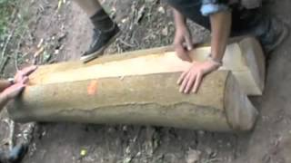 Chair-making with Mike Abbott: Cleaving an ash log(, 2012-08-13T17:22:03.000Z)