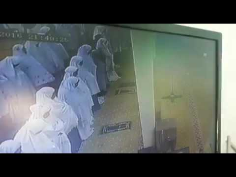 Sister Died On Performing Salat سبحانه الله