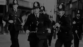 The Clash - Guns of Brixton napisy pl