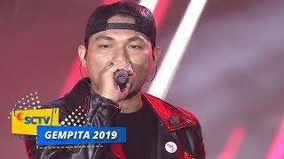 Download Video Asal Kau Bahagia! Armada Rela Diguyur Hujan Demi Menghibur Panggung Gempita 2019 | Gempita 2019 MP3 3GP MP4