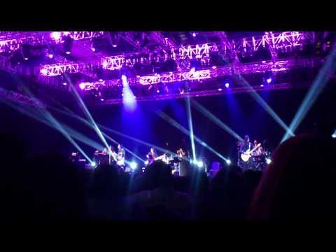 Ella Live in Singapore 2012 (Dua Insan Bercinta)