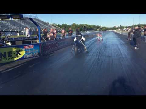 Pro Street Dragbikes  Jamie Lopes vs. James Herbert
