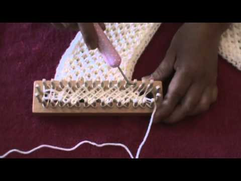 how to start a knitting loom
