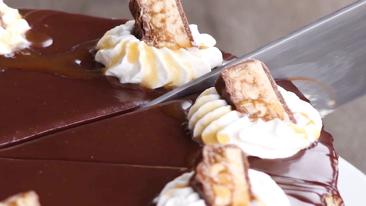 Snickers Cake Recipe Birthday Cake Ideas Chocolate Cake Recipes