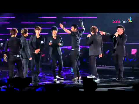 120219 Super Junior Super Show 4 Singapore - Wonder Boy & Rokkugo