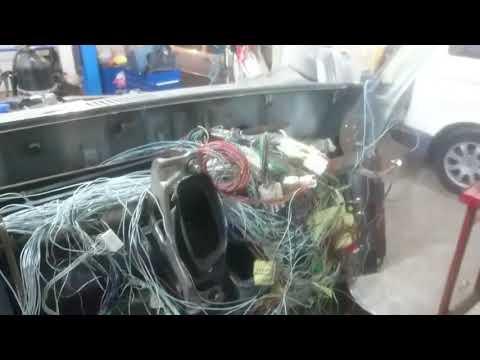 Вот почему глохл двигатель в положении D - Смешные видео приколы