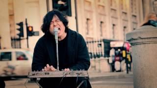 Video Korean street performer Coldplay live cover in London - Korg Keyboard download MP3, 3GP, MP4, WEBM, AVI, FLV September 2017