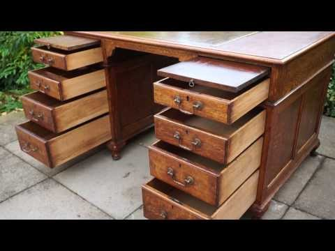 Solid Tiger Oak Twin Pedestal Writing Desk Brown Tooled Leather Top