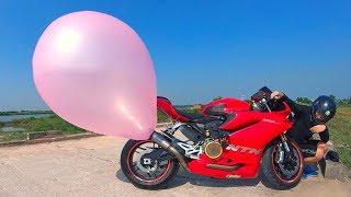 NTN - Thử Thổi Bóng Bay Bằng Pô Moto Ducati 1959 (Blowing Ballon With A Ducati)