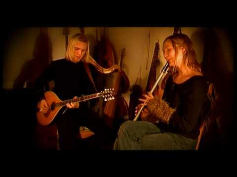 faun-the-nightingale-oliver-fiona-taramurieta