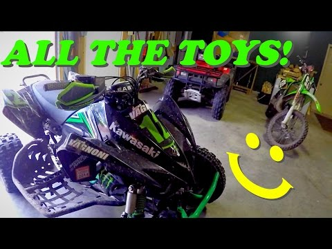 Whats In My Garage?!  - Vlog #11