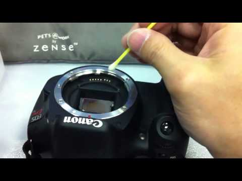 How to clean DSLR lens connector