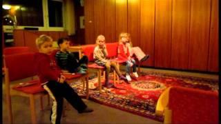 Урок музыки. Дети - иностранцы, 4-5 лет