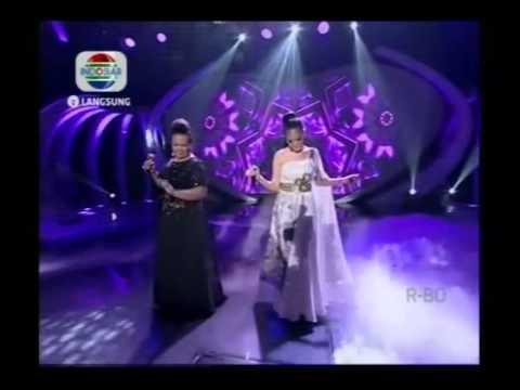Aty & Erie Susan - Muara Kasih Bunda - Konser Final 6 Besar - DAcademy Indonesia