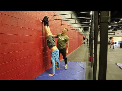 Handstand Push Up - Meeting Open Standard