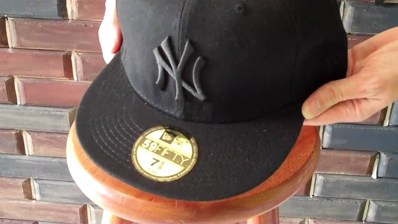 Black NY Yankees New Era cap. Black on black. - YouTube 0309c26a029