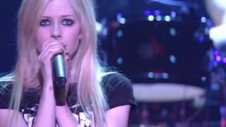 Скачать Avril Lavigne Fall To Pieces Bonez Tour