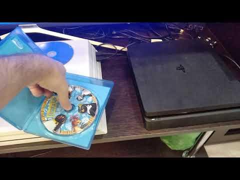 Как вставить диск в ps4 slim