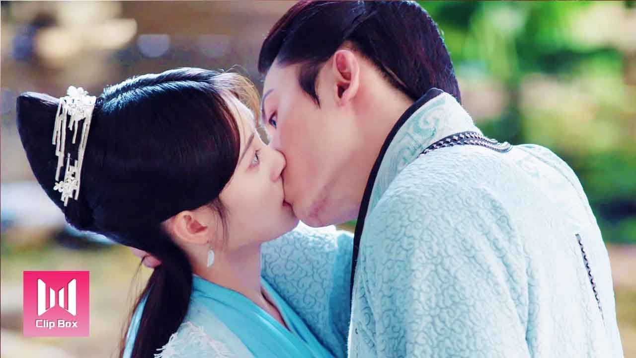 Download [ENG SUB]When I'm jealous, I kiss you?!Keep it in your mind, my consort!