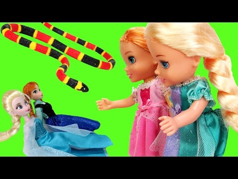 Thumbnail: Elsa & Anna TURN small ! SNAKE Attack ! Toddlers are scared - Will they turn back to normal ?