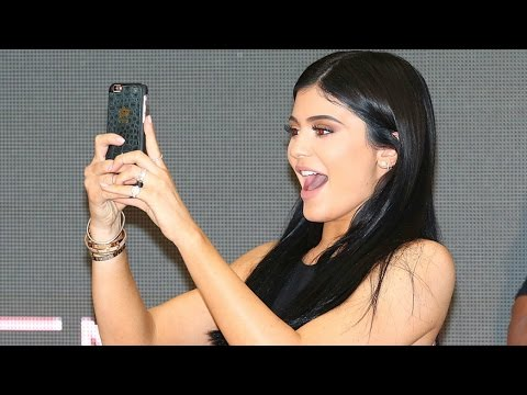 Kylie Jenner Making An Online Dating Profile To Find A New Boyfriend!