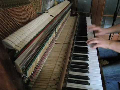 Loops. Solo piano music