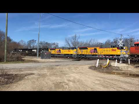 5 New Locomotives delivered from Progress Rail