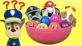 Juguetes paw patrol español: bebes jugamos al escondite en huevos sorpresa.Videos patrulla canina