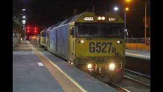 Gambar cover Grain train cross at Kangaroo Flat with 9055 & 9056- 16/1/18