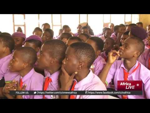 Nigerian government recruiting half a million teachers