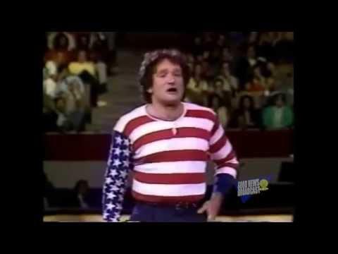 Robin Williams as the America Flag