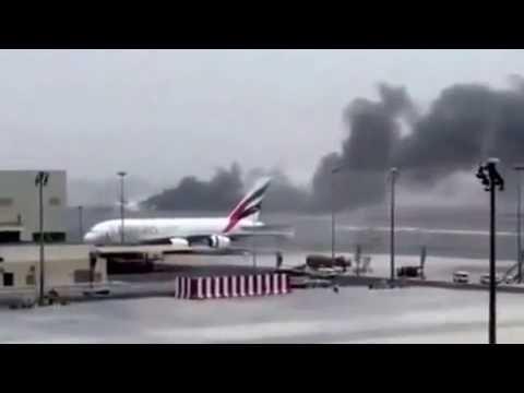 Video Emirates Plane Crash At Dubai Airport Raw Video Caught On Camera