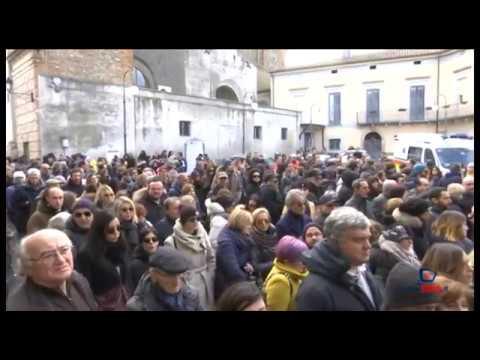 L'ultimo saluto a Silvana e Luciano: al funerale canta Arisa