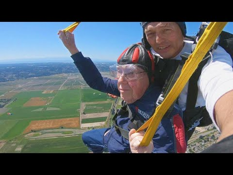Man Celebrates His 100th Birthday By Jumping Out of Plane
