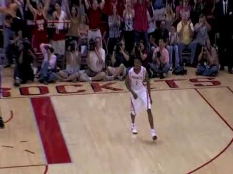 Aaron Brooks Rises HIGH For Buzzer Beater