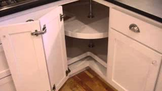 Corner Kitchen Cabinet Design
