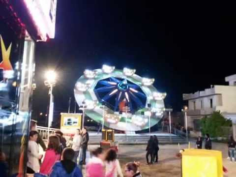 Giostre aradeo 2015 youtube for Giostre luna park usate