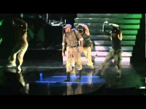 Chris Brown singing Say It With Me and Wall To Wall FAME tour 2011