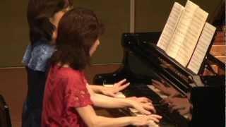 2011年所沢で行われた ひまわりピアノ教室の、講師の演奏です。 妹の助...