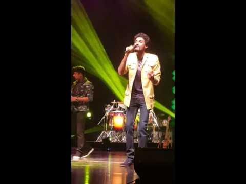 Sajitha feat. Sanuka - Swarnapaliye Live Performance