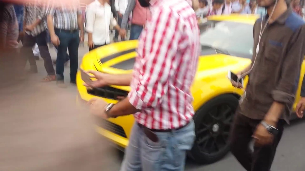 Super Cars Entrance In Pakistan Youtube