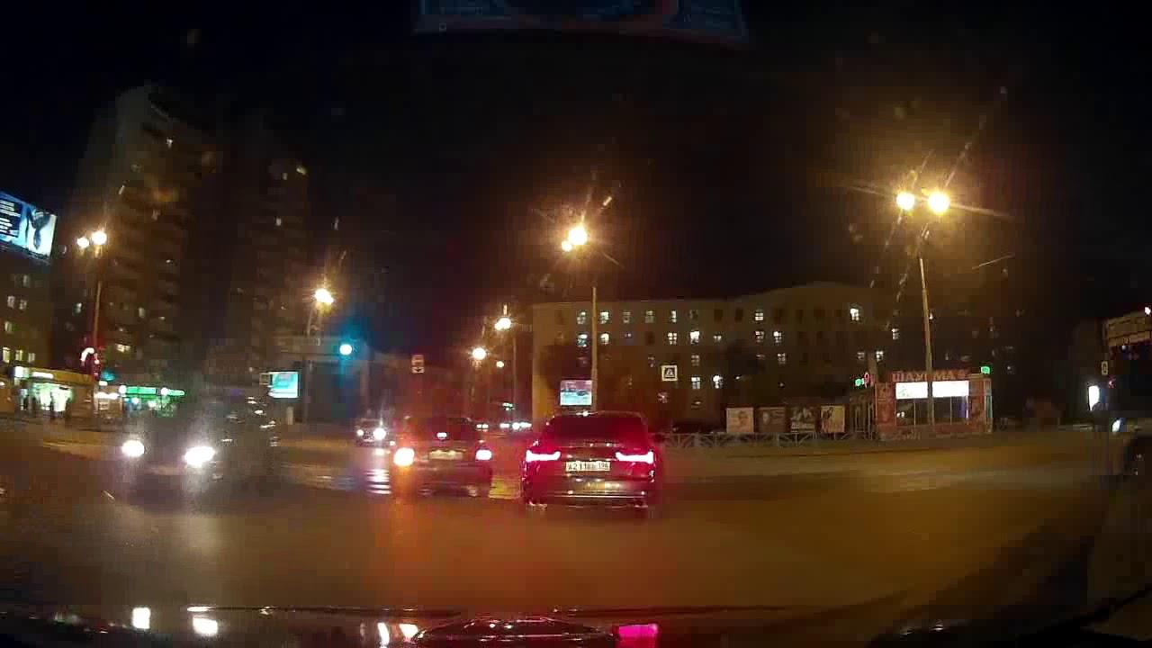 25.09.17 ДТП Екатеринбург, пересечение ул. 8-го Марта и ул. Большакова.